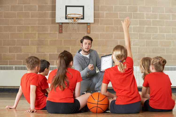 Emploi de professeur d'Education Physique et sportive
